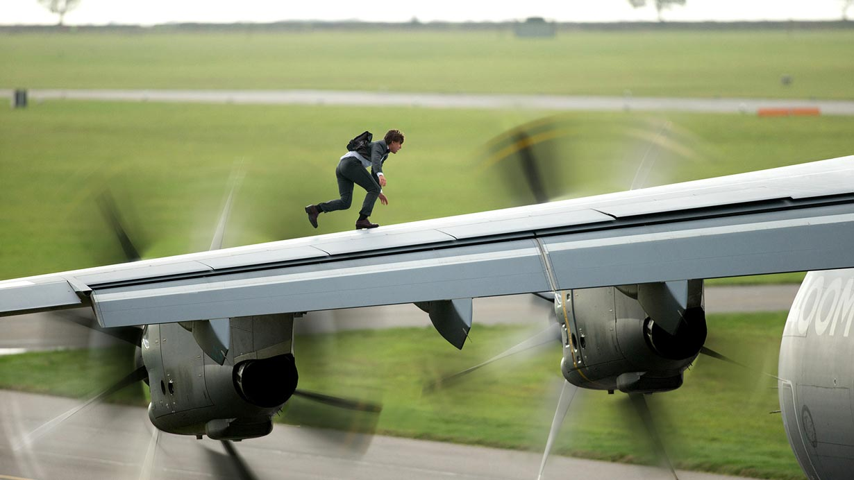 mission-impossible-rogue-nation-airplane-wing_1230
